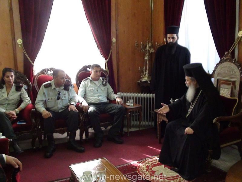 الادارة المدنية الاسرائيلية تزور بطريركية الروم الارثوذكسية