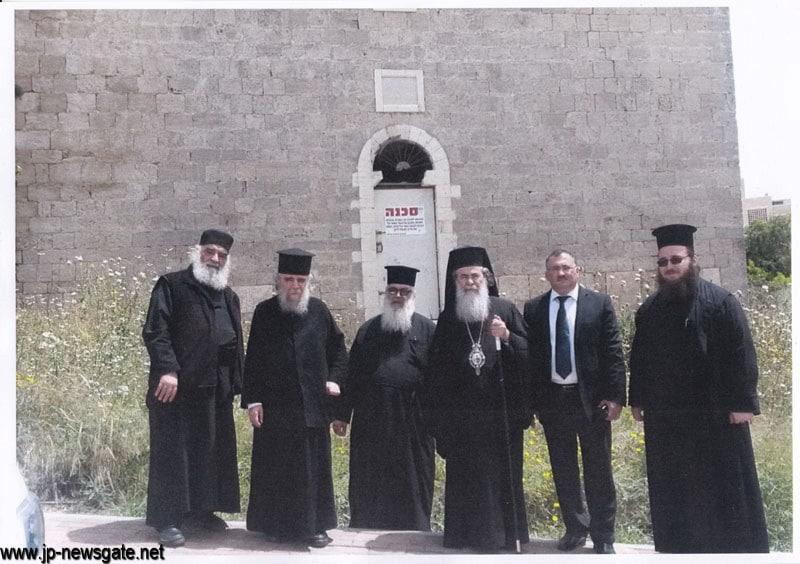 01.jpgالبطريركية الاورثوذكسية الاورشليمية تستعيد الكنيسة في بلدة شلومي شمال اسرائيل