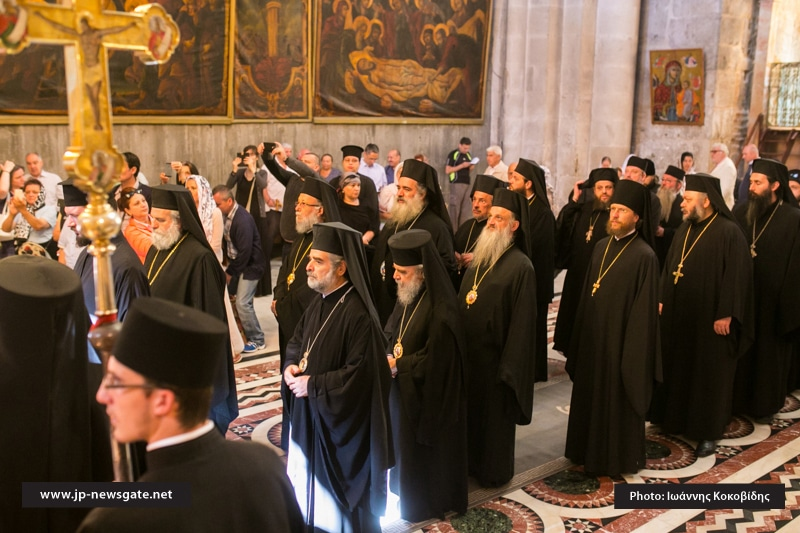 01الاحتفال بالعيد الخمسين (العنصره) في البطريركية الاورشليمية