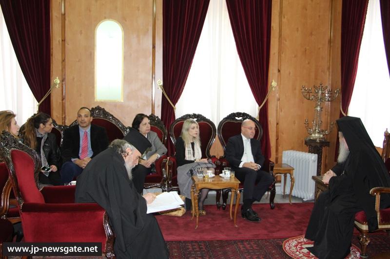 01وزير الصحة القبرصي يزور البطريركية