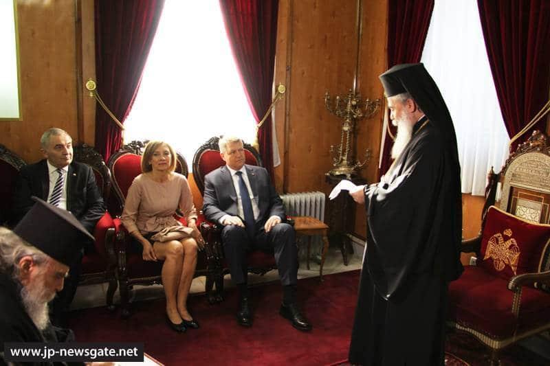 01رئيس الجمهورية الرومانية يزور البطريركية ألاورشليمية