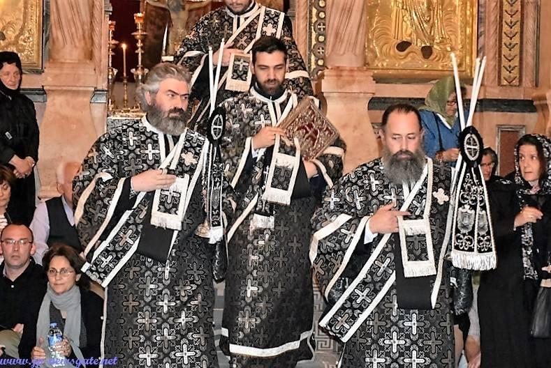 01خدمة صلاة الاناجيل الاثني عشر في البطريركية