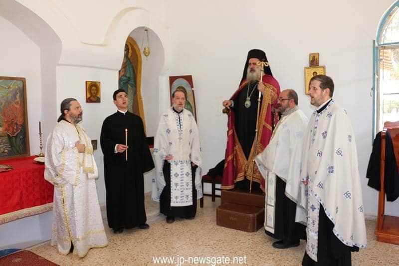01الاحتفال بعيد الروح القدس في مدرسة صهيون