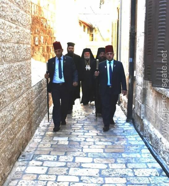 1ألاحتفال بعيد القديس العظيم في الشهداء بنديلايمون في البطريركية