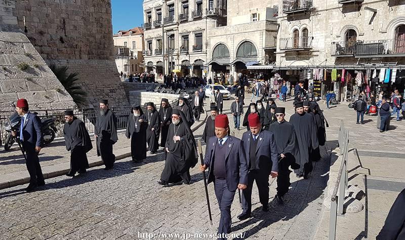 01زيارة أخوية القبر المقدس للبطريركية ألارمينية بمناسبة عيد الميلاد المجيد