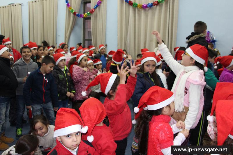 IMG_0248أمسية ميلادية في مدرسة القديس ديميتريوس