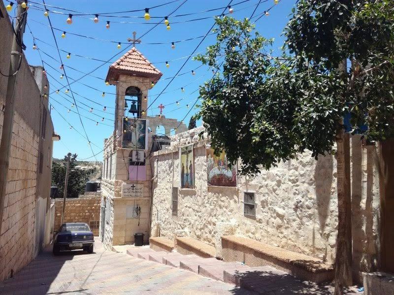 11. كنيسة القديس جاورجيوس للروم الإرثوذكس بنيت عام ١٨٧٤