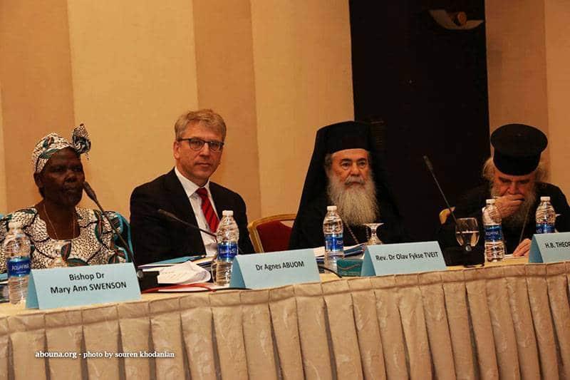 01غبطة البطريرك يفتتح أعمال لقاء اللجنة التنفيذية لمجلس الكنائس العالمي