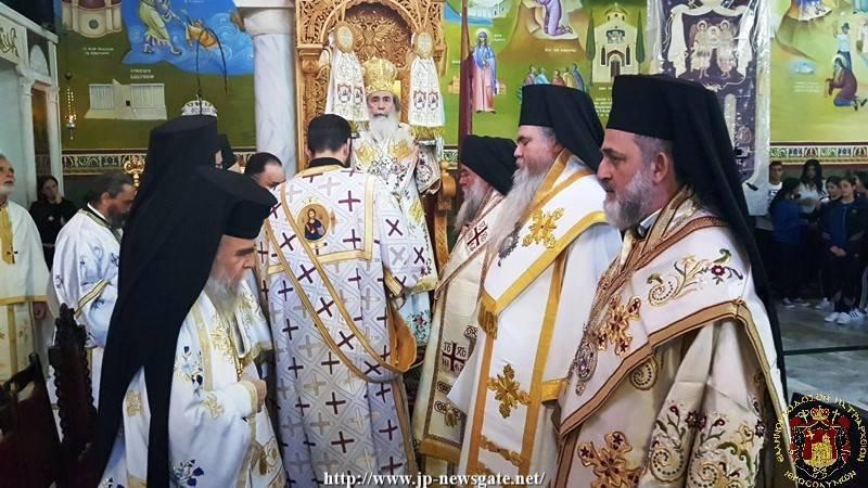 01الإحتفال بالعيد الجامع لرؤساء الملائكة الاجناد في البطريركية
