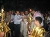 الوكيل البطريركي قدس الارشمندريت مكاريوس في القداس الفصحي في منتصف الليل