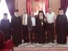 البطريرك, رئيس مجلس دير حنا ,الدكتور خليل اندراوس, السيد موهل خليلي  وعدد من اباء القبر المقدس