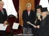 04غبطة البطريرك يُكرم السيد فرانك فيجينبوم والسيد ماريوس باباذوبولوس