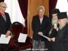 05غبطة البطريرك يُكرم السيد فرانك فيجينبوم والسيد ماريوس باباذوبولوس