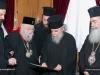 01-11.jpgغبطة البطريرك يُكرِّم متروبوليت بيريوس السابق كالينيكوس