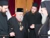 01-9.jpgغبطة البطريرك يُكرِّم متروبوليت بيريوس السابق كالينيكوس