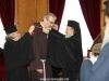 04غبطة البطريرك يُكرم الرئيس الروحي لأخوية الفرنسيسكان