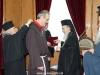 05غبطة البطريرك يُكرم الرئيس الروحي لأخوية الفرنسيسكان