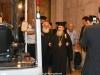 02-7مطارنة من الكنيسة اليونانية ألاورثوذكسية يطّلعون على مشروع إصلاح القبر المقدس