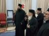 01غبطة البطريرك يوزّع الهدايا على تلاميذ مدرسة القديس ديميتريوس