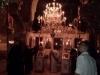 St. George (9)[983]9. رهبان الدير يضيئون يدويا شموع ثريات الكنيسة