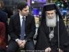 06تقطيع كعكة الفاسيلوبيتا في مقر الجالية اليونانية في القدس