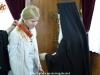 01غبطة البطريرك يُكرم حاكم مدينة شاروف الأوكرانية