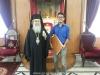 غبطة البطريرك يقدم مكافئة مادية للطالب المتفوق من مدرسة القديس ديمتريوس